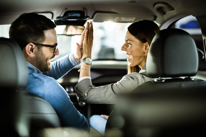 How Mortgage Brokers Can Help You Deal With Car Finance